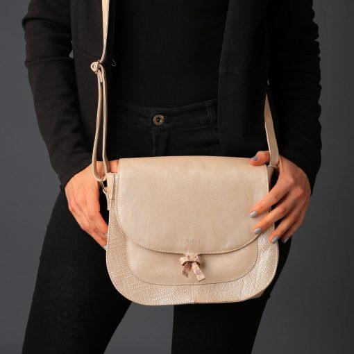 Leather woman bag